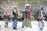 foto tour ke jepang di kawaguchi menggunakan samurai armor