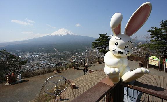 kachi-kachi-ropeway-kawaguchiko-fuji